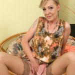 Maturenl - Naughty housewif playing with her unshaved pussy