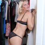 Maturenl - Naughty mature Mary gets out of the closet