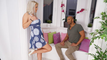 Maturenl - Sexy Milf loves a big black cock