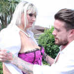 Maturenl - Tall British housewife doing her lover in the garden