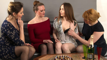 Maturenl - These Four Housewives Go Way At Their Party