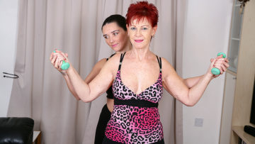 Maturenl - Two housewives excersize until they really break a sweat