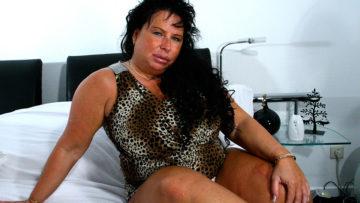 Maturenl - Big Breasted Mature Slut Getting Wet As Hell