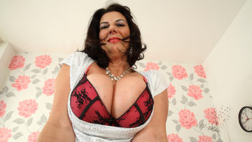 Maturenl - Big Breasted British Mature Slut Getting Very Naughty