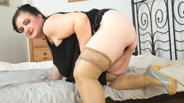 Maturenl - Big Breasted Mature BBW Playing By Herself