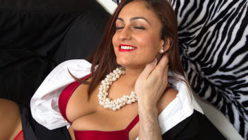Maturenl - Big Breasted Mom Sucking And Fucking In Pov Style