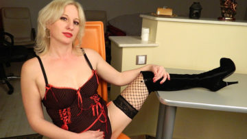 Maturenl - Blonde MILF Playing With Herself