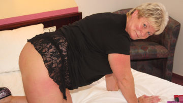 Maturenl - Chubby Mature Slut Playing With Her Toys