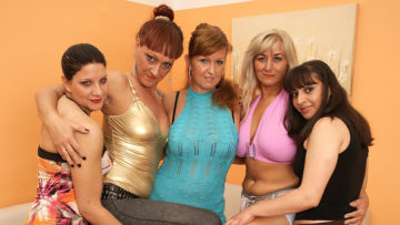 Maturenl - Five Old And Young Lesbians Party Hard