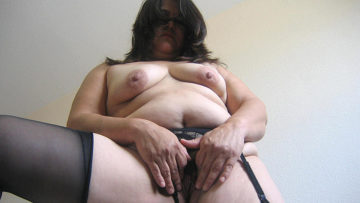 Maturenl - Get A Taste Of This Chubby Hairy Mature Cunt