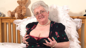 Maturenl - Granny What Big Tits And A Dirty Mind You Have