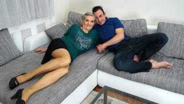 Maturenl - Horny Mature Slut Enjoyinh Her Toy Boys Cock