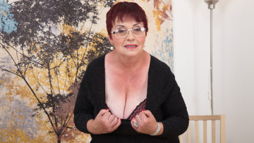 Maturenl - Horny Grandma Plays With Her Tits And Hairy Pussy