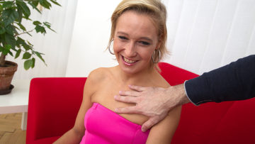 Maturenl - Horny Mom Fucking And Sucking In Pov Style