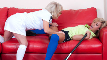 Maturenl - Hot Babe Getting Lezzed Up By Her Mature Coach