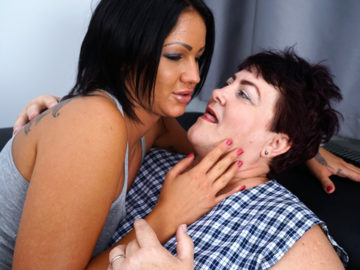 Maturenl - Hot And Steamy Old And Young Lesbian Couple Makeing Out