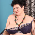 Maturenl - Huge Breasted Mature Lady Playing With Herself