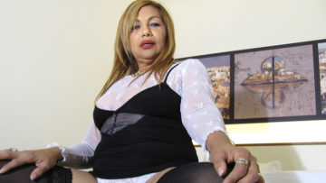 Maturenl - Mature Katty Loves Getting Naughty On Her Own