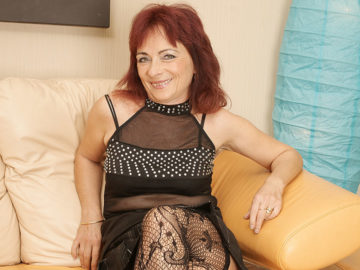 Maturenl - Mature Redhead Loves To Work Her Hairy Pussy