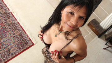Maturenl - Naughty American Housewife Playing With Her Wet Pussy