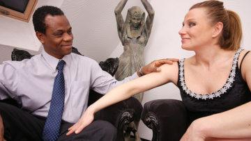 Maturenl - Pregnant Housewife Goes Interracial