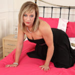 Maturenl - Steamy Hot British MILF Playing With Herself
