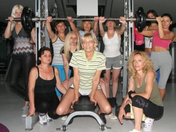 Maturenl - These Mature Ladies Love To Exercise Naked