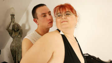 Maturenl - This Big Mature Lady Loves Having Hard Sex