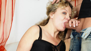 Maturenl - This Mama Loves To Get Her Daily Fuck
