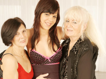 Maturenl - Three Naughty Old And Young Lesbians At Play