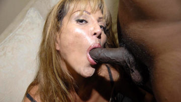 Maturenl - Yhis Kinky Mama Loves Those Two Black Cocks